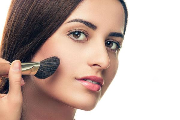 纸上化妆面部矢量素材