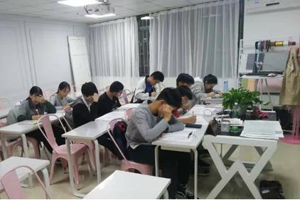 深圳艺考文化课培训全托班