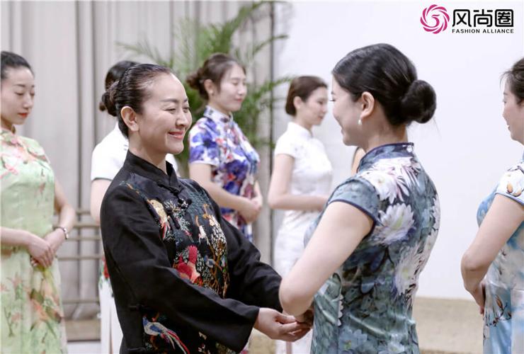 北京商务礼仪企业培训