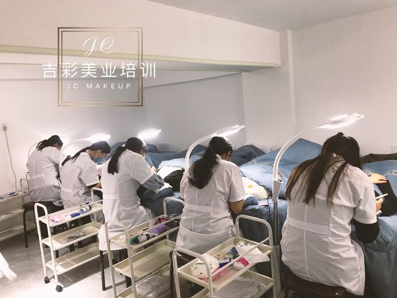 杭州化妆培训最好学校