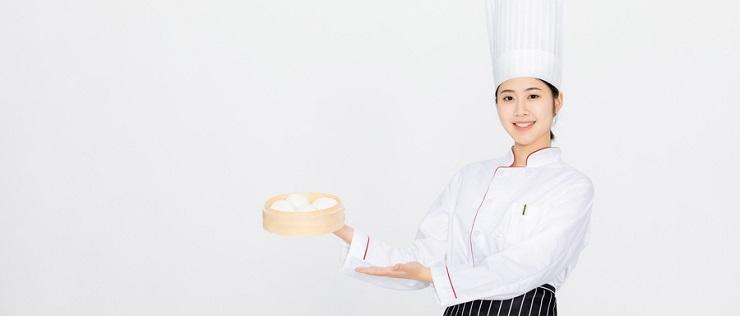 广州厨师培训学校一般多少钱啊?